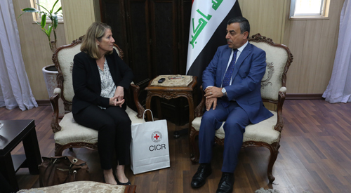Secretary-General of the Council of Ministers discusses with the International Committee of the Red Cross in Iraq the file dealing with the return of the families of Dahesh 2018-11-06-1