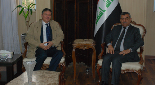 The Secretary-General receives the representative of the United Nations High Commissioner for Refugees (UNHCR) 2018-11-19-2