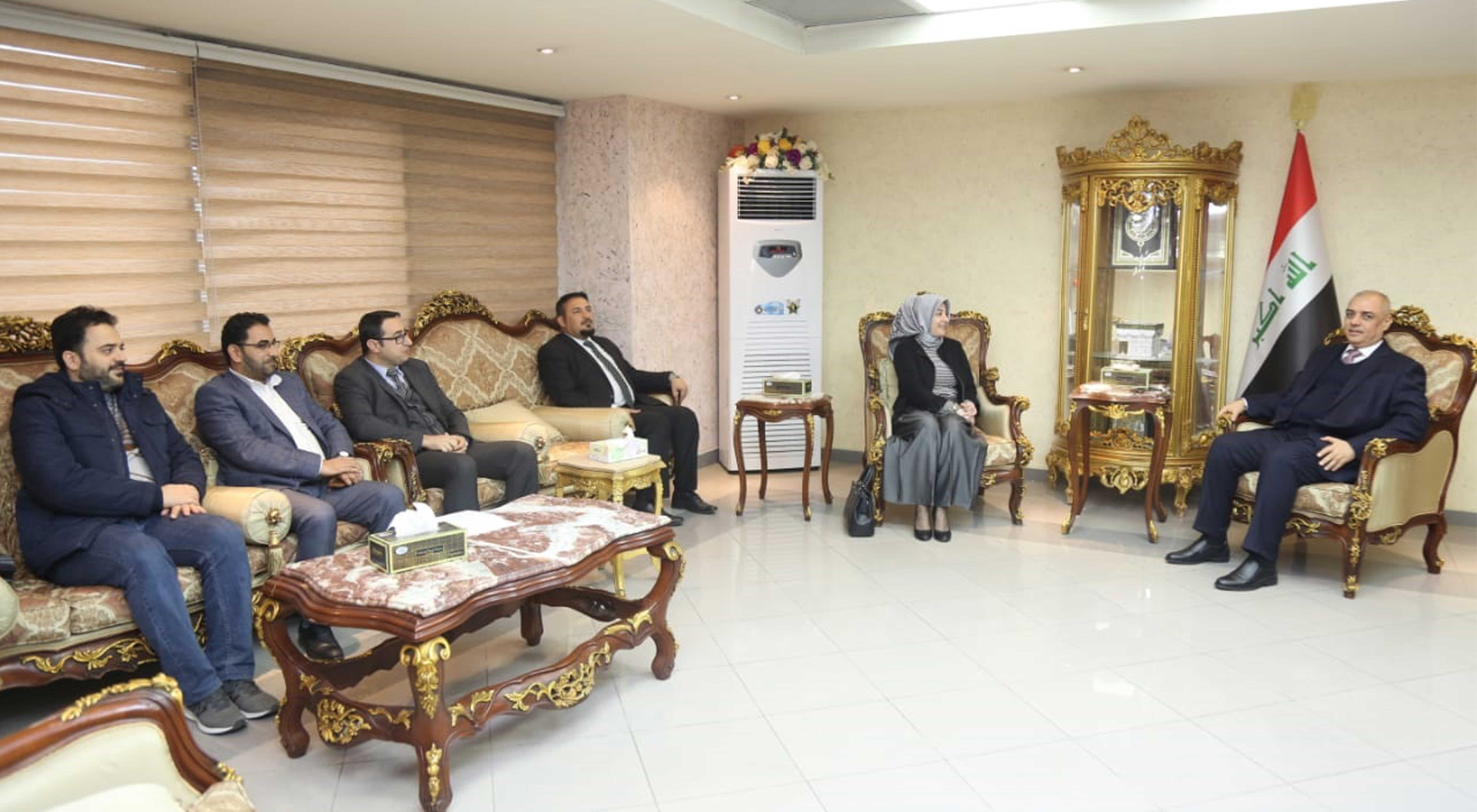 The Minister of Transport receives a delegation of the Government Information and Communication Office in the General Secretariat of the Council of Ministers and discusses with him the media work in the state institutions 2019-01-22-3