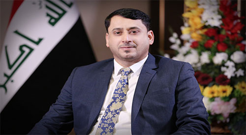 Secretary General of the Council of Ministers Hamid Naeem Al-Ghazi congratulates the Iraqi Journalists Syndicate Muayyad Al-Lami 2019-06-14
